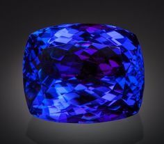 Merelani Hills, Umba Valley, Lelatema Mountains, Arusha Region, Tanzania Luscious is a term that comes to mind when looking at this Tanzanite. Other superlatives might be big or huge. Minerals And Gemstones, Crystals Minerals, Rocks And Minerals, Stones And Crystals, Gem Stones, Gems Jewelry, Gemstone Jewelry, 4 Diamonds, Tanzanite Jewelry