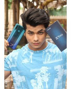 'Life on the fast lane', redefined by It's Snapdragon processor is nailing it in terms of fast and flawless performance. Handsome Celebrities, Boys Dpz, Cute Actors, Boy Hairstyles, Bollywood Stars, Actor Model, Indian Girls, Perfect Body, Celebrity Crush
