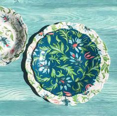 Chinoiserie Botanical Collection from TarHong is new for This collection works well indoors as well as patio and pool side. Cordinating pieces include Serving Bowl and Appetizer Tray x Gibson Studio, Gibson Home, Stoneware Dinnerware Sets, Casual Dinnerware, Green Fashion, Teal Green, Chinoiserie, Vintage Floral, Tabletop