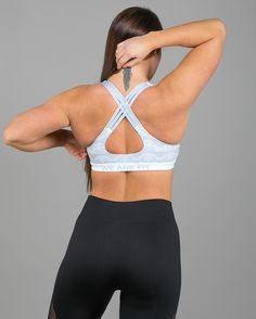 We Are Fit Lace Up 2.0 Compression Top - Tights.no