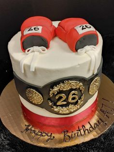Boy Cakes, Cakes For Boys, Boxing Gloves, Chicken Recipes, Desserts, Food, Tailgate Desserts, Boxing Hand Wraps, Deserts