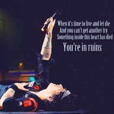 One 21 guns! Throw up your arms into the sky... You and I