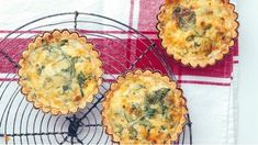 Pórkové tartaletky se sýrem Foto: Quiche, Feta, Muffin, Food And Drink, Gluten Free, Party, Breakfast, Recipes, Glutenfree