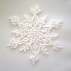 MaryJ Handmade: Snowflakes at the crochet! Crochet Snowflake Pattern – Snowflakes World Crochet Angels, Crochet Stars, Thread Crochet, Crochet Crafts, Crochet Flowers, Crochet Stitches, Crochet Projects, Learn Crochet, Crochet Snowflake Pattern