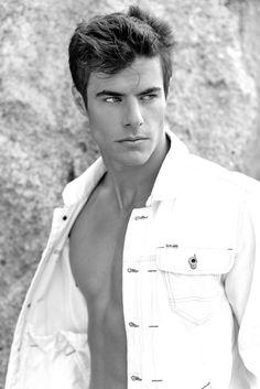 Jürgen Horn by David Brad - ©David Brad #malemodel #fashion #style #denim #ralphlauren