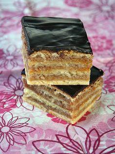 Palócprovence: Klasszikus zserbó Hungarian Desserts, Hungarian Cuisine, Hungarian Recipes, Tart Recipes, Dessert Recipes, Cooking Recipes, Bread And Pastries, Winter Food, International Recipes