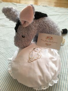 Ships Worldwide / Hand Embroidered Classic Winnie the by MaryEGuad