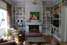 art and books - the perfect living room Decor, Living Room, Room, Shelves, Wall Of Fame, Perfect Living Room, New Homes, Home Decor, Corner Bookcase