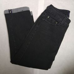 """NYDJ cropped jeans Not Your Daughters Jeans size 0 cropped black wash denim 79% cotton 19% polyester 2% spandex lift tuck technology. Like new. Measurements Waistband 26"""" Rise 9"""" Inseam 20"""" these fit more like a size 2Please note measurements NYDJ Jeans Ankle & Cropped"""