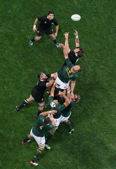 The All Blacks - IRB Team of the Year against South Africa -Springboks All Blacks Rugby Team, Rugby Sport, Rugby Men, Rugby Club, Rugby League, Rugby Players, Rugby Teams, Duane Vermeulen, Gym