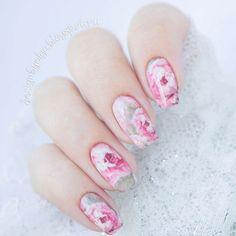 #маникюр #nailart #гельлак #слайдер #чернаяпантера #bpw #красивыйманикюр #ногти #nail #nails #красивыеногти #лето #цветы #нежно #розовый #пионы Маникюр с нежными пионами с @slider_bpwomen. http://ift.tt/2aMJUb4