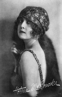 greatgdean:  Helena Makowska Polish silent film actress source flickr