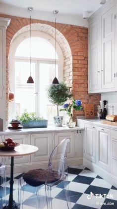 Checkered Floors, Checkered Floor Kitchen, Dining Nook, Floor Decor, Kitchen Flooring, Kitchen Cabinets, Kitchen Brick, Kitchen Walls, Interior Design Kitchen