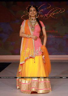 Pics: Fashion stars: Juhi, Kalki, Nagma http://movies.ndtv.com/photos/fashion-stars-juhi-kalki-nagma-15853