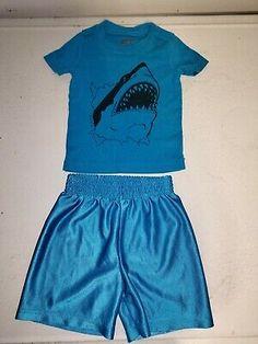 Garanimals Boy/'s Black Polo Shirt Black /& Aqua Shorts NWT Set Outfit 2T 4T