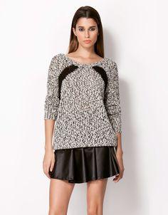 Bershka Украина - Bershka свитер с задней луки