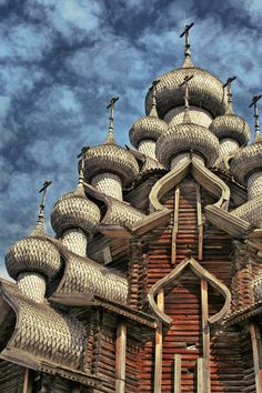 Wooden churches - Kizhi Pogost, Kizhi island, Russiao