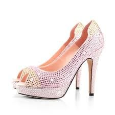 shiny high heels<3
