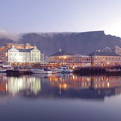 View of Table Mountain and the pier from the V Waterfront, Cape Town Most Beautiful Cities, Beautiful Places To Visit, Wonderful Places, Cape Town Photography, Cape Town Tourism, Table Mountain Cape Town, Diani Beach, South Afrika, V&a Waterfront