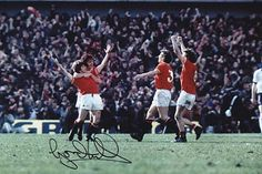 1976 FA CUP SEMI FINAL  MANCHESTER UNITED 2 derby county 0  Signed by Gordon Hill