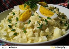 Vajíčkový salát s Hermelínem a jablkem recept - TopRecepty.cz Czech Recipes, Ethnic Recipes, Salad Recipes, Healthy Recipes, Coleslaw, Potato Salad, Recipies, Food And Drink, Health Fitness