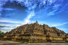 Travel Bugs: Dawn at Borobudur Temple
