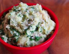 Mashed Fingerling Potatoes + Kale:  Who doesn't love mashed taters! And, it has kale mixed in to boot, a powerful detoxifying food.