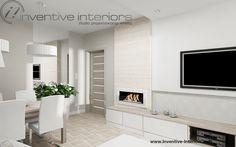 Projekt mieszkania Inventive Interiors - jasny salon - biel beż i jasne drewno - biały biokominek