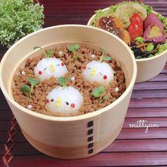 Cute soboro bento with chicks. Mignons poussins dans un bento soboro foods#japanesestyle#lin_stagrammer#onigiri#obento#cutefood#kyaraben