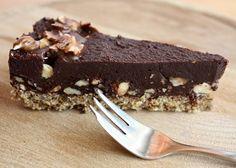 Extra čokoládová torta bez múky, cukru a pečenia, RAW recepty, Torty | Tortyodmamy.sk