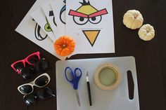 DIY Angry Bird Masks and printables for party favors