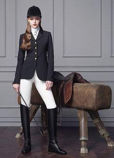 www.pegasebuzz.com   Equestrian Fashion : Michael and Kenzie 1911