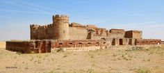 Castillo de Castronuevo, en Narros del Castillo (Avila).