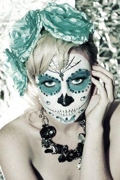Halloween costume this year Pretty Skeleton Makeup, Skeleton Face Makeup, Sugar Skull Makeup, Alien Makeup, Dead Makeup, Halloween Skeletons, Halloween Skull, Halloween Make Up, Halloween Costumes