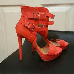 💥NWOT ORANGE STRAPPY HEELS💥 NWOT ONLY WORN ONCE. VERY CUTE ORANGE 5' HEELS, THAT STRAP AROUND THE ANKLE. JustFab Shoes Heels