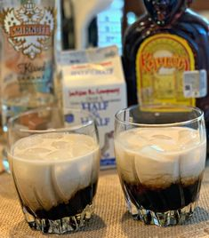 Simple Caramel White Russians is part of Work Potluck desserts Families - Take the classic White Russian and kick it up a notch by adding Caramel! This incredible dessert cocktail is gaining popularity for a reason! Cocktail Desserts, Cocktail Drinks, Fun Drinks, Yummy Drinks, Cocktail Recipes, Beverages, Drinks With Kahlua, Liquor Drinks, Holiday Cocktails
