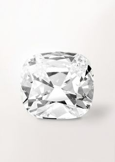 Favourite - Cushion cut - The Diamond by Van Cleef & Arpels