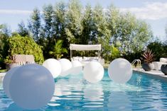 Set the mood and take out your swim suits because the summer is calling for an ultimate pool party. Check out these 12 ultimate splashing summer pool party ideas to get the party started. Pool Party Themes, Theme Parties, Party Ideas, Theme Ideas, Gift Ideas, Sommer Pool Party, Hampton Pool, Hamptons Party, Backyard Pool Parties