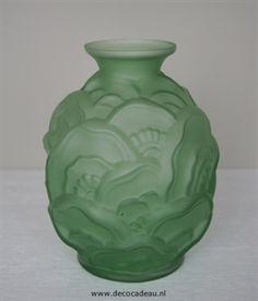 Art Deco persglas vaas, ontwerp van Charles Catteau Scailmont.
