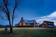 Charming Log Home Near a 155-Acre Lake