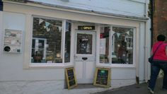 Bunty's Tea Room on Steep Hill in Lincoln chatted to Food for Thought on Siren FM.