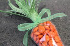 Carrot Treat Bags - Tying the Bow