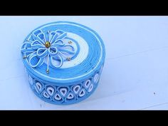 Jewellery box making at home - Storage box from woolen & newspaper Quiling Paper, Quilled Paper Art, Paper Quilling, Jewellery Box Making, Jewelry Box, Holi Gift, Twine Crafts, Newspaper Crafts, Diy Gift Box