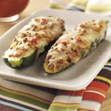 Beef-Stuffed Zucchini Recipe Recipe | Yummly. I'M Going to try with turkey or chicken. Yumo