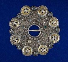 Norwegian folk Digital Museum - brooches Fasteners - 1500-1599