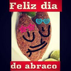 Vamos abraçar muito hoje... Bom domingo!!! by kibe_e_cia_bsb http://ift.tt/22kidXX