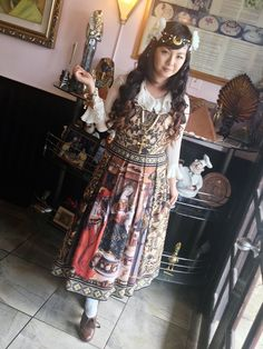 """jefumejeboisjebaise: """" Moon Madonna style for a Sunday late lunch meetup at JJ French Bistro & Pastry. Juliette et Justine robe du sauveur JSK, Moss Marchen necklace, and headdress from Lily of the..."""
