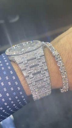 Cute Jewelry, Gold Jewelry, Jewelery, Jewelry Accessories, Gold Bracelet For Women, Buy Earrings, Expensive Jewelry, Girly, Luxury Jewelry