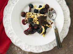 Brownie med vit choklad och pinjenötter