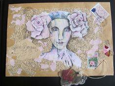 """Quel plaisir, de retour d'un mois de """"nomadisme"""", de trouver dans ma boîte aux lettres ce magnifique courrier de Nathalie LD, si talentueuse ! Avec ce partage, je vous souhaite une année à la douceur des roses sur le chemin de vos rêves ! Mail art par..."""